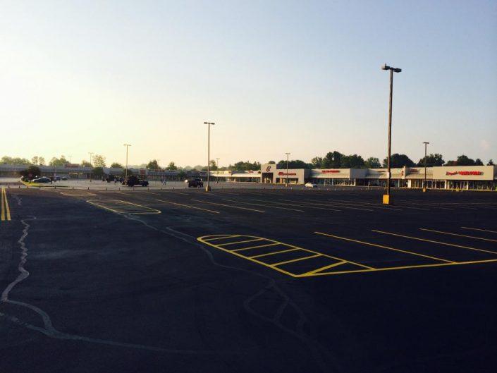parking lot seal coating contractors