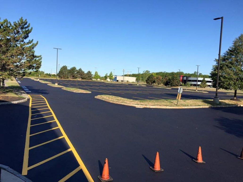 parking lot sealing and crack filling